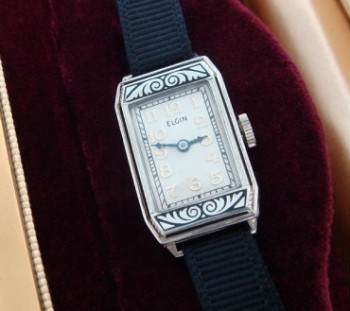 Ladies' 1930 White Gold Elgin Wrist Watch