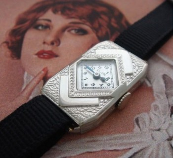 Ladies' 1930 Elgin Arts & Crafts Wrist Watch