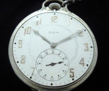 Men's 1928 Elgin Gentlemen's Pocket Watch w/Chain