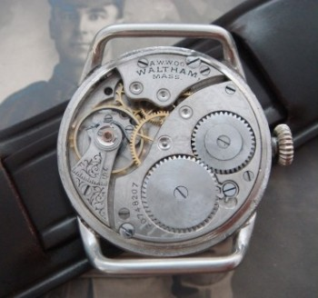 Men's 1916 Oversized Waltham Trench Watch