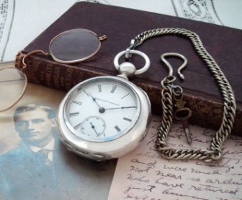 Men's 1885 Elgin 18 Size Coin Silver Pocket Watch