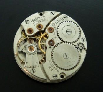 Men's 1928 Waltham White Gold & Enamel Watch