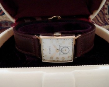Men's 1946 Benrus Watch in 14k Rose Gold
