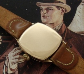 Men's 1930 Waltham Dress Watch in Solid Gold