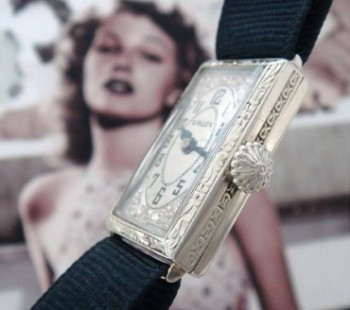 Ladies' 1926 Gruen Wire Lug Cocktail Watch