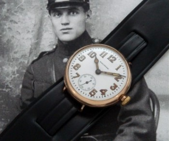 Men's 1916 Waltham 9ct Gold Trench Watch