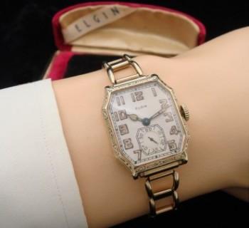 Men's 1925 Elgin Wristwatch w/Bracelet Band