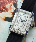 Ladies' 1918 Bedford 20k Gold & Emeralds Wrist Watch