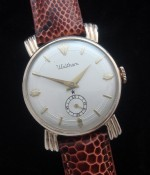 Men's 1959 Waltham Watch w/ Sunburst Lugs