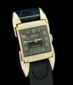Men's 1940 Gruen 'Bat Wing' Curvex Wristwatch